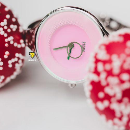 ola-pink-1